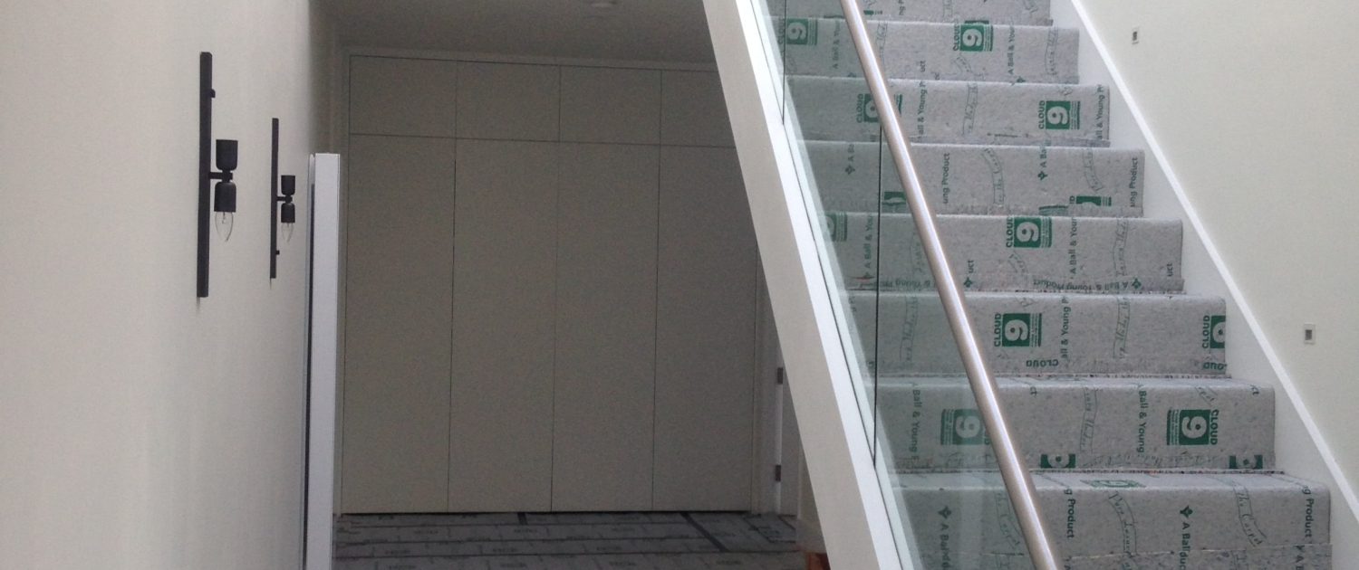 Stainless steel banister with glass balustrade